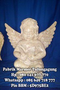 Patung Malaikat Kecil