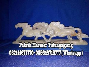 Kuda Renteng    Patung Kuda Onix