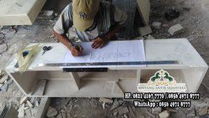 Pengrajin Makam Marmer Tulungagung